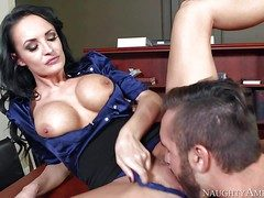 One of a subornable milf Alektra Blue just about beamy round