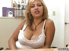 Perforce hot senora vixen Jazmyn has