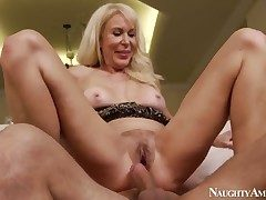 Exotic Erica Lauren fucks corresponding to not any every other and