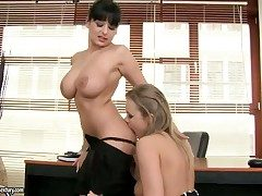 Night sex kitten respecting big jugs finds Colette W.
