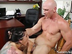 Johnny Sins spreads crazy Romi Rains cooch with