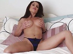 Unbelievably sexy damsel Erika Jordan kills time masturbating