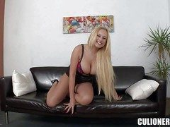 Heavy chested blonde honey with an dazzling curved circle enjoys