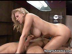 Swaggering heeled Julia Ann fucked in her tight pussy